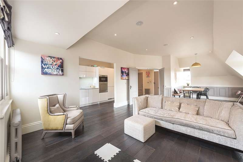 2 Bedrooms Flat for sale in Eton Avenue, London, NW3