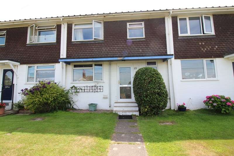 3 Bedrooms Terraced House for sale in Whitby Road, Milford On Sea, Lymington