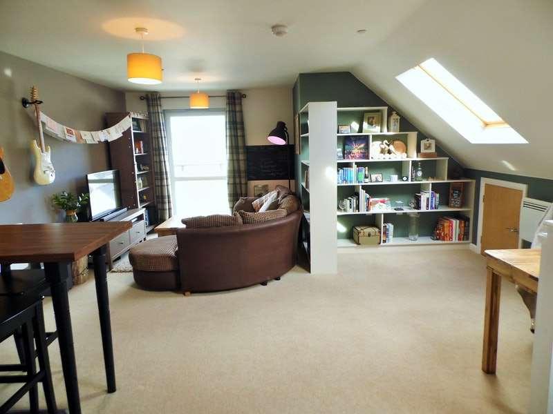 2 Bedrooms Penthouse Flat for sale in Phoebe Road, Swansea, Swansea, SA1
