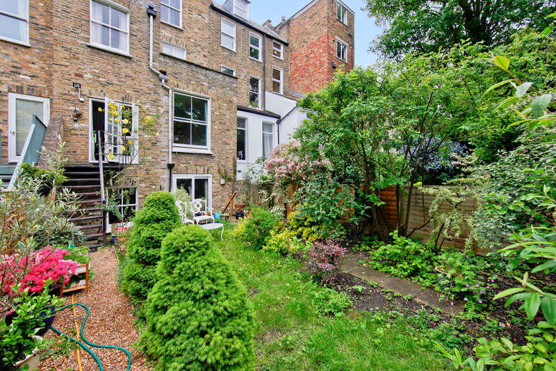 2 Bedrooms Flat for sale in Petherton Road, N5 2RS
