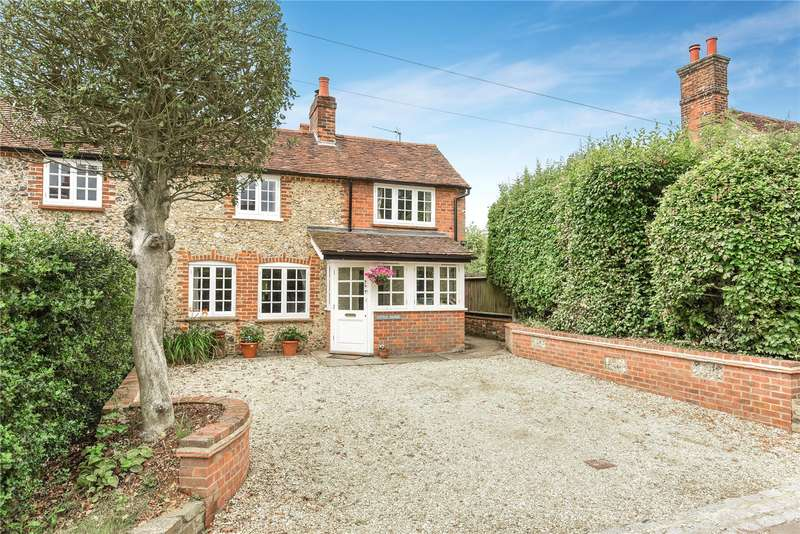 4 Bedrooms Semi Detached House for sale in Little Hilbre, Bucks Hill, Kings Langley, Hertfordshire, WD4