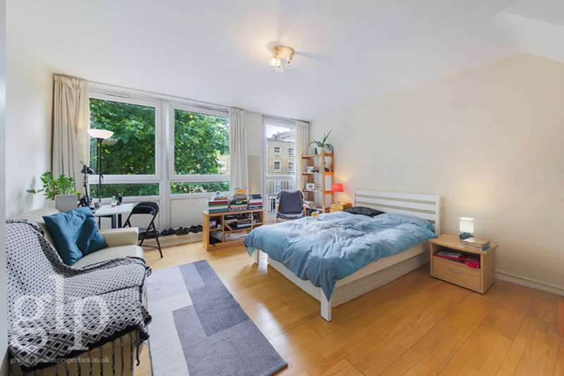 3 Bedrooms Flat for sale in Albany Street, Great Portland Street, NW1