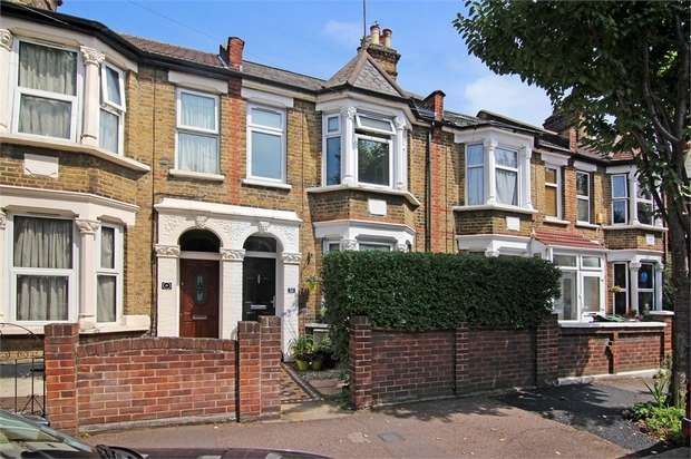 2 Bedrooms Terraced House for sale in Chelmsford Road, Walthamstow, London