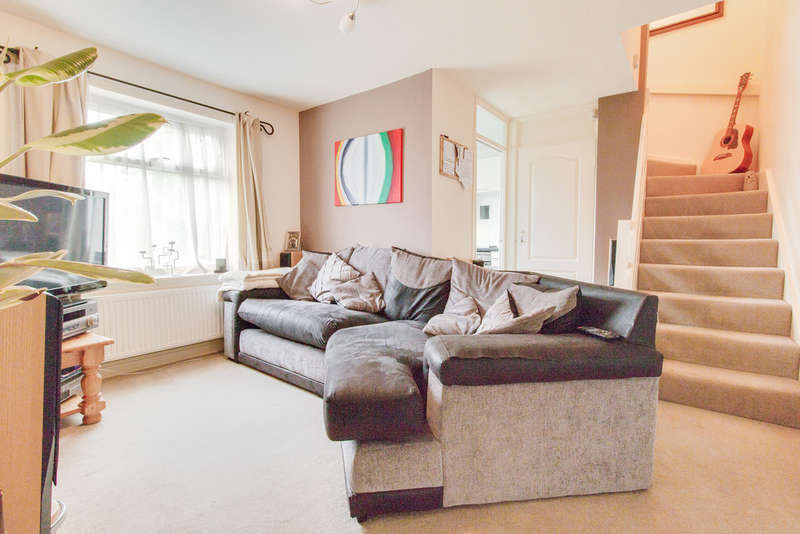 1 Bedroom Cluster House for sale in Whitehill Road