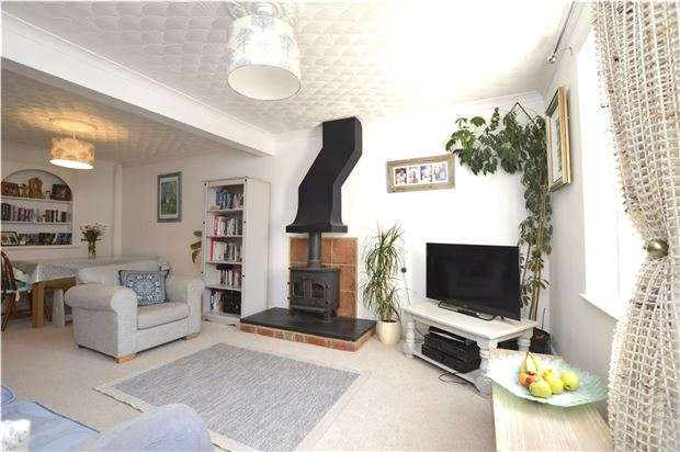 3 Bedrooms Semi Detached House for sale in Avenue Terrace, Stonehouse, Gloucestershire, GL10 3RE