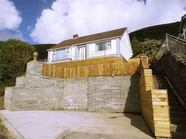 2 Bedrooms Detached Bungalow for sale in Lletty Harri, Pen Y Cae, Port Talbot, West Glamorgan