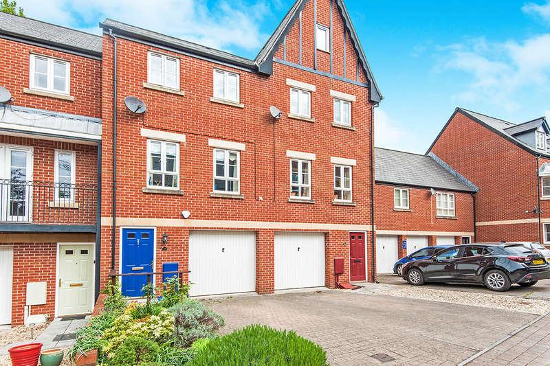 4 Bedrooms Property for sale in Popham Close, Tiverton, EX16