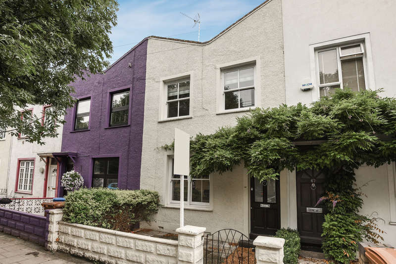 3 Bedrooms Terraced House for sale in Plough Way, Surrey Quays