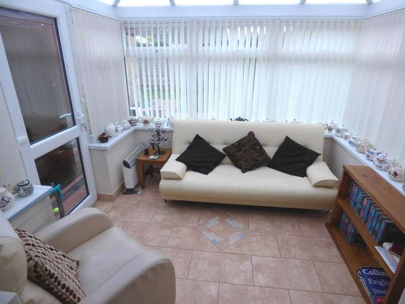 2 Bedrooms Detached Bungalow for sale in ***REDUCED FOR A QUICK SALE*** Delamere Drive, Marske By The Sea