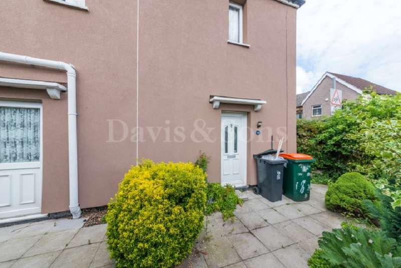 3 Bedrooms End Of Terrace House for sale in Cromwell Road, Lliswerry, Newport. NP19 0HS