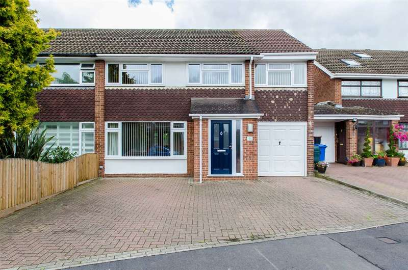 4 Bedrooms Semi Detached House for sale in Arundel Avenue, Sittingbourne
