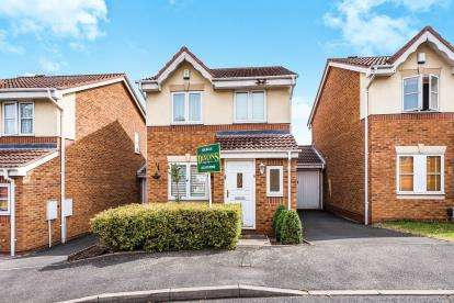 3 Bedrooms Link Detached House for sale in Little Meadow Croft, Northfield, Birmingham, West Midlands