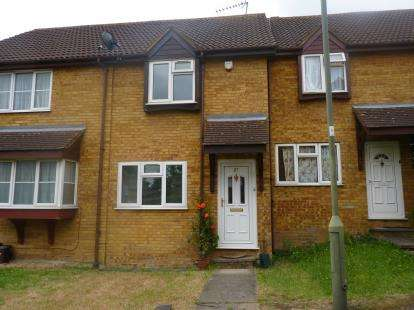 2 Bedrooms Semi Detached House for sale in Snowdon Drive, London