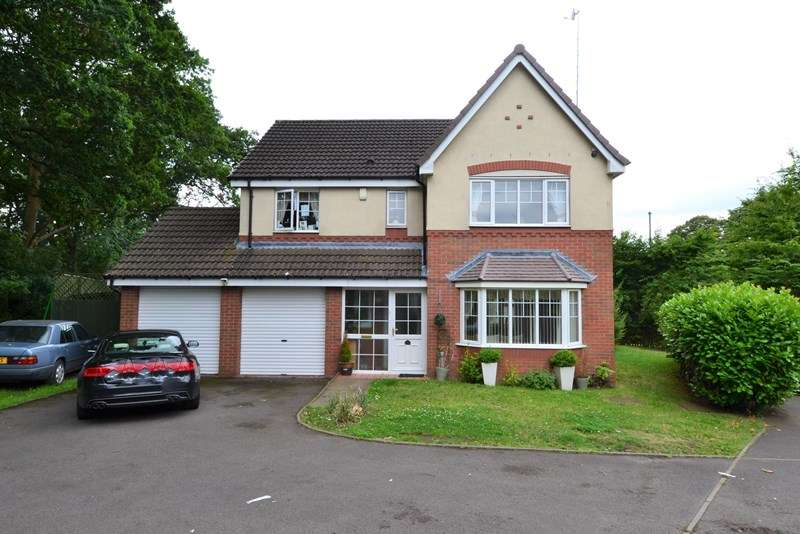 4 Bedrooms Detached House for sale in Birch Avenue, Northfield, Birmingham