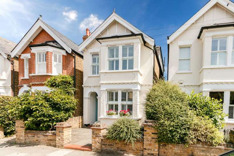 5 Bedrooms Detached House for sale in Staunton Road, Kingston upon Thames, KT2