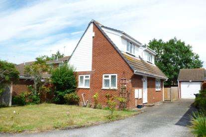 2 Bedrooms Detached House for sale in Canford Heath, Poole, Dorset