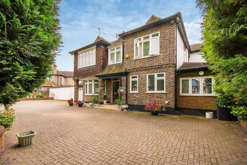 6 Bedrooms House for sale in Addiscombe Road, Croydon, CR0