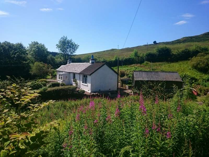 3 Bedrooms Cottage House for sale in Smithy Cottage , Tollochgorm, Minard, PA32 8YQ