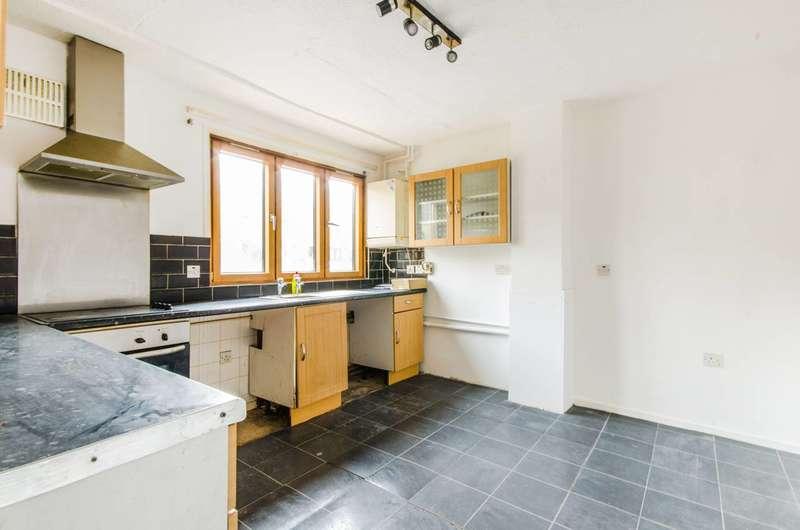 2 Bedrooms Maisonette Flat for sale in Shurland Gardens, Peckham, SE15