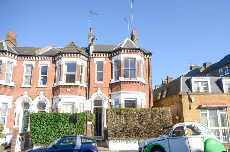 2 Bedrooms Flat for sale in St Anns Hill, Wandsworth, SW18