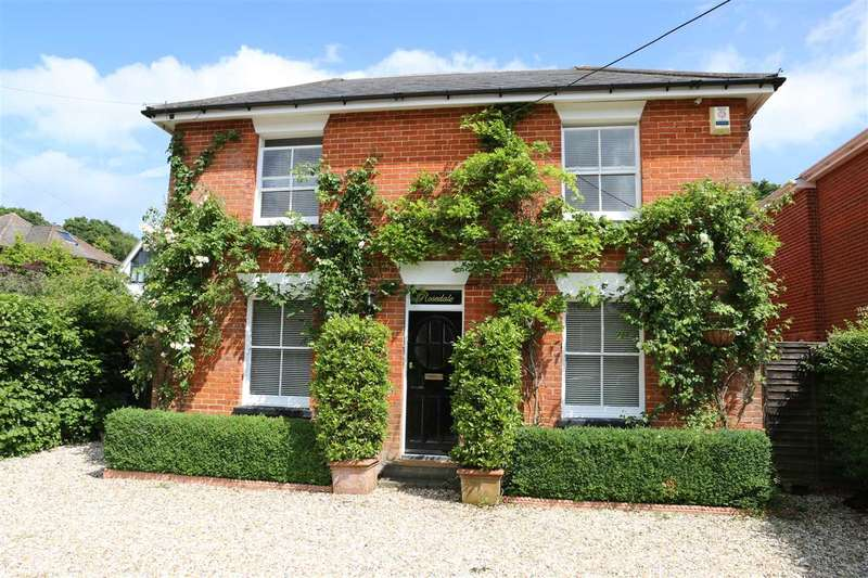5 Bedrooms Detached House for sale in HUNGERFORD BOTTOM, BURSLEDON
