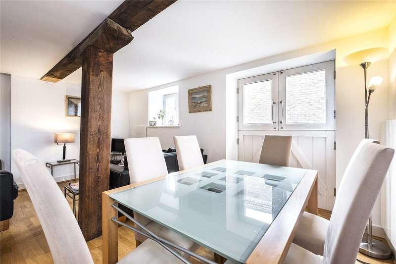 2 Bedrooms Flat for sale in East India Court, 57 St. Marychurch Street, London, SE16