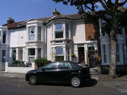 4 Bedrooms Terraced House for sale in Southsea, Hampshire