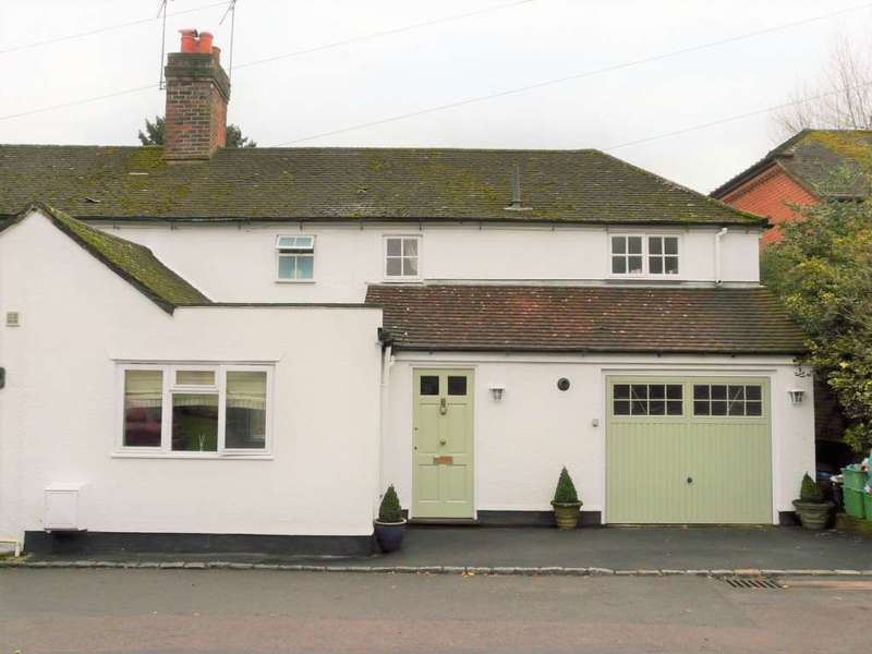 3 Bedrooms Semi Detached House for rent in Hunts Cottages, Donnington