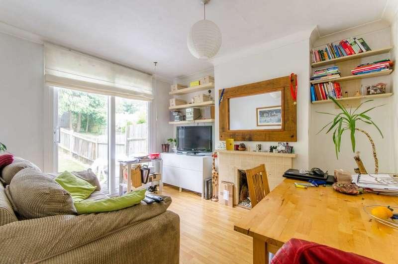 2 Bedrooms Flat for sale in Avondale Avenue, East Barnet, EN4