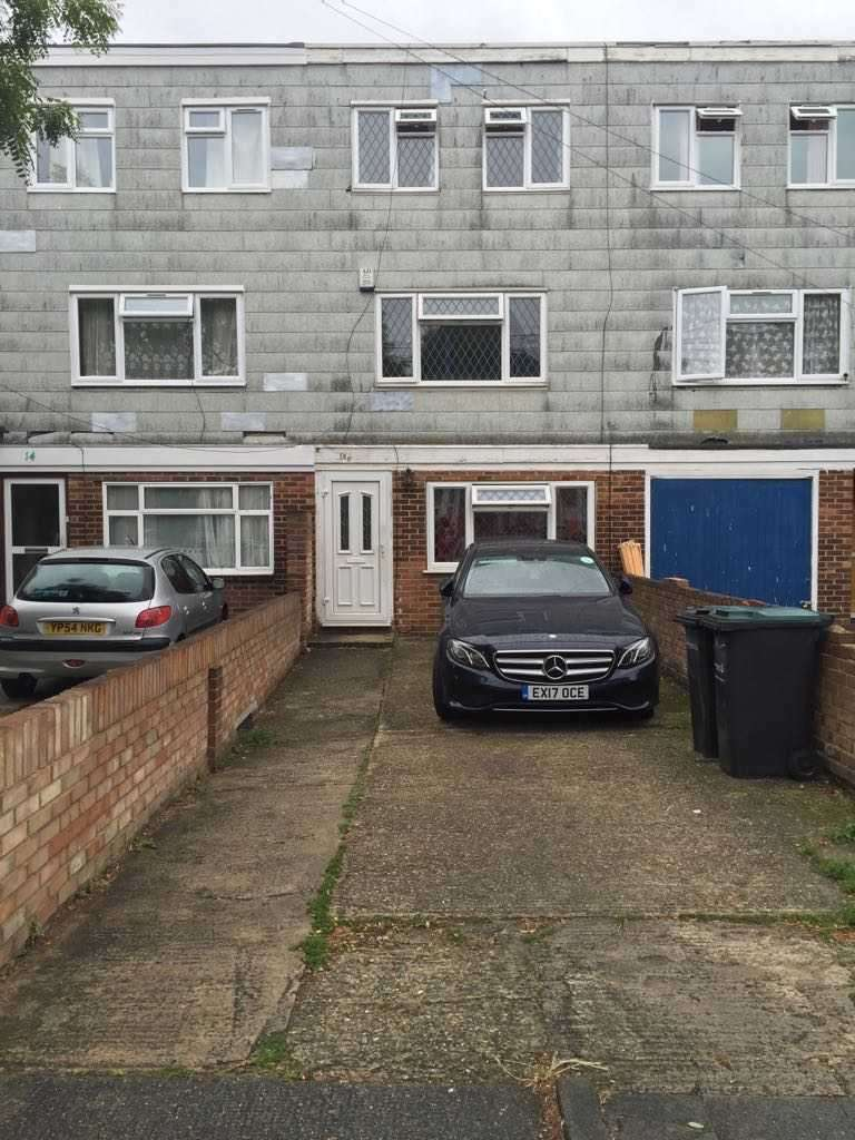4 Bedrooms Terraced House for sale in The Grove, Gravesend