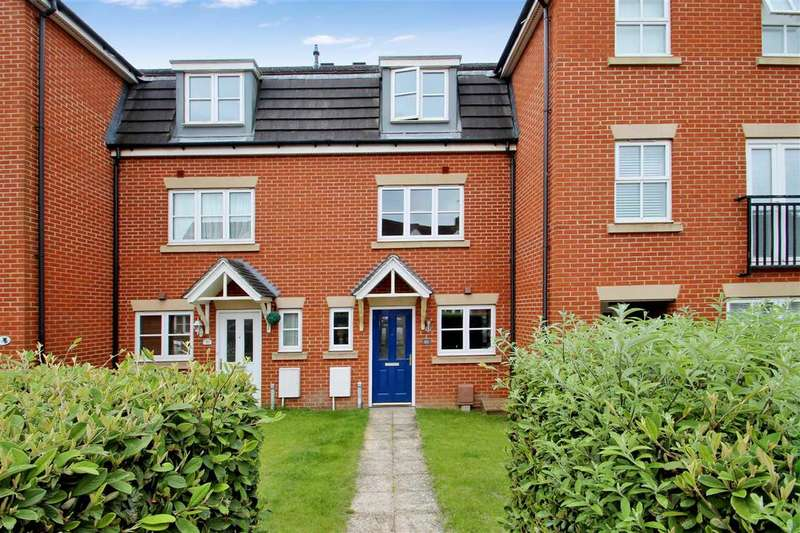 4 Bedrooms Town House for sale in Terry Gardens, Grange Farm, Kesgrave, Ipswich
