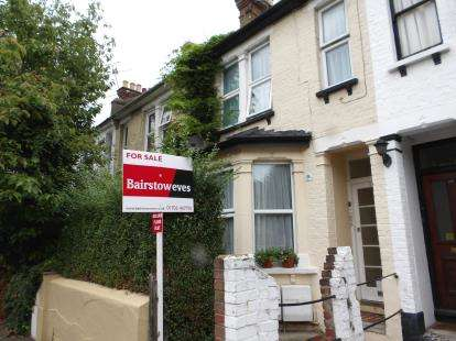 1 Bedroom Flat for sale in Southend-On-Sea, Essex