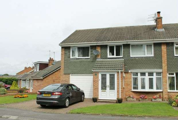 4 Bedrooms Semi Detached House for sale in Whitby Avenue, Guisborough