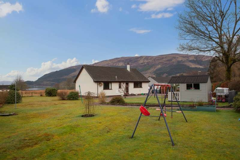 3 Bedrooms Bungalow for sale in Glencoe, Highlands, PH49 4HS