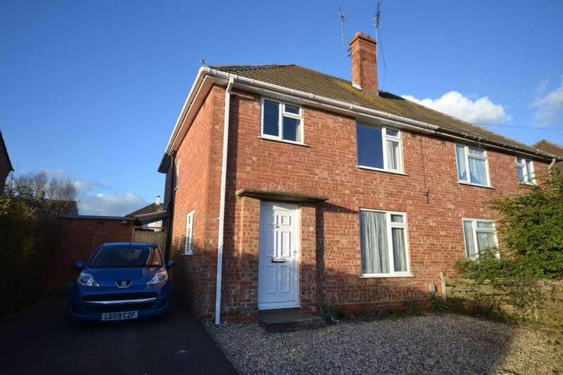 4 Bedrooms Semi Detached House for rent in Holberton Road, Reading, RG2 8NH