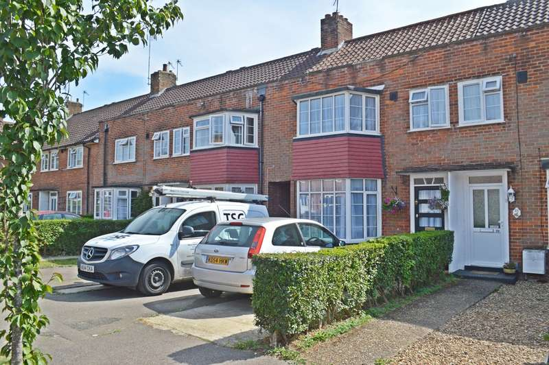 3 Bedrooms Terraced House for sale in Newfields, Welwyn Garden City, AL8