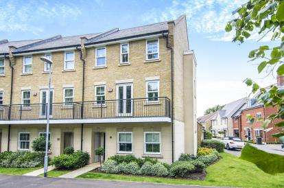 4 Bedrooms End Of Terrace House for sale in Epping, Essex