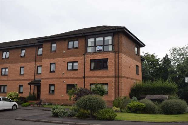 2 Bedrooms Flat for sale in 9 Millholm Road, 8 The Pines, Cathcart, G44