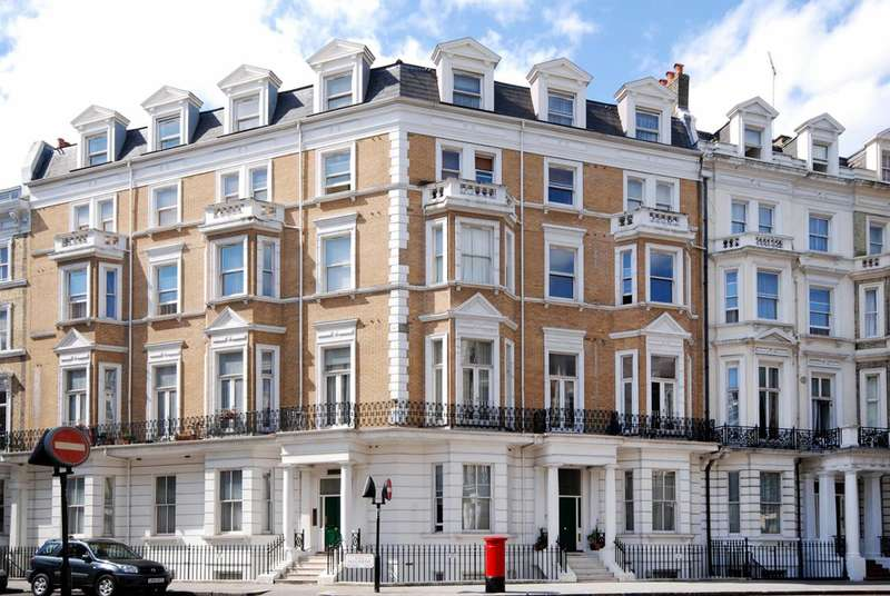 2 Bedrooms Flat for sale in Knaresborough Place, South Kensington, SW5