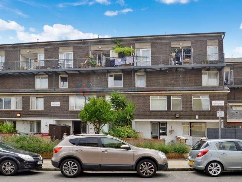 3 Bedrooms Maisonette Flat for sale in Old Ford Road, Bow E3