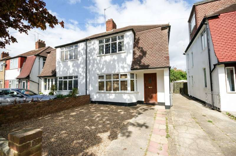 3 Bedrooms Semi Detached House for sale in Brook Drive, Harrow