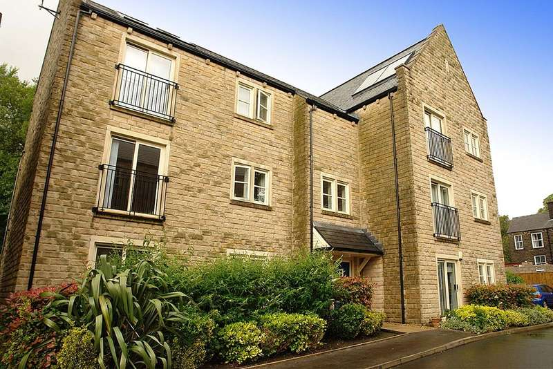 1 Bedroom Flat for sale in Rimmon Close, Greenfield, Saddleworth.