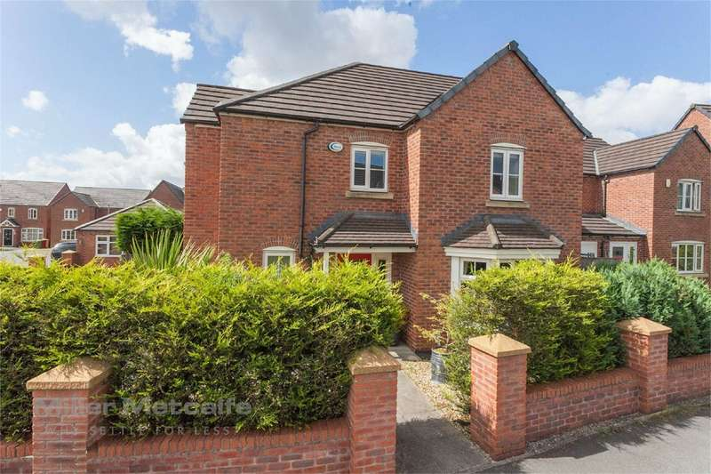 4 Bedrooms Detached House for sale in Williams Street, Little Lever, Bolton, BL3
