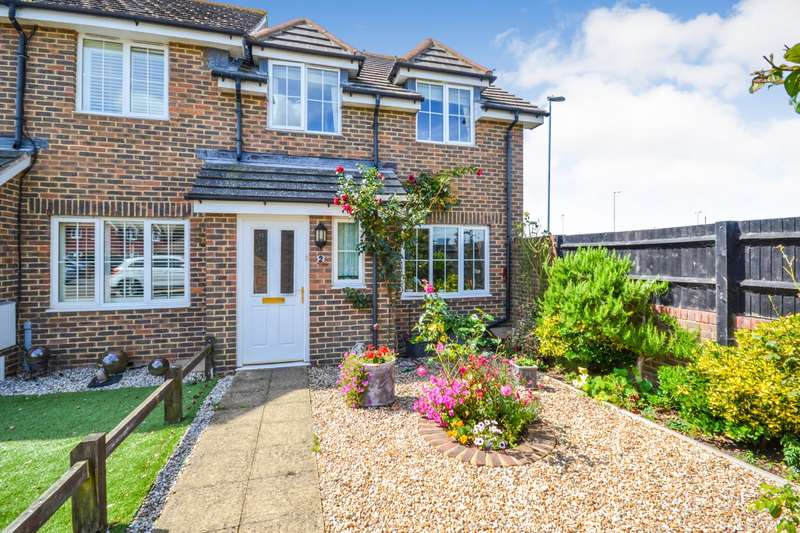 3 Bedrooms House for sale in St Lawrence Way, Sovereign Harbour North, Eastbourne, BN23