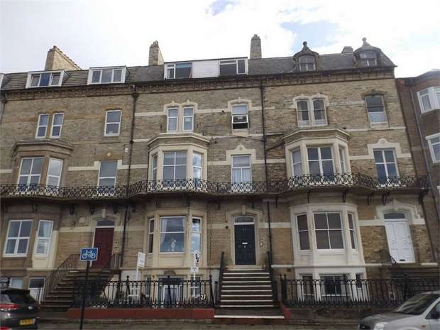 2 Bedrooms Flat for sale in 27 Marine Parade, Saltburn-by-the-Sea, North Yorkshire