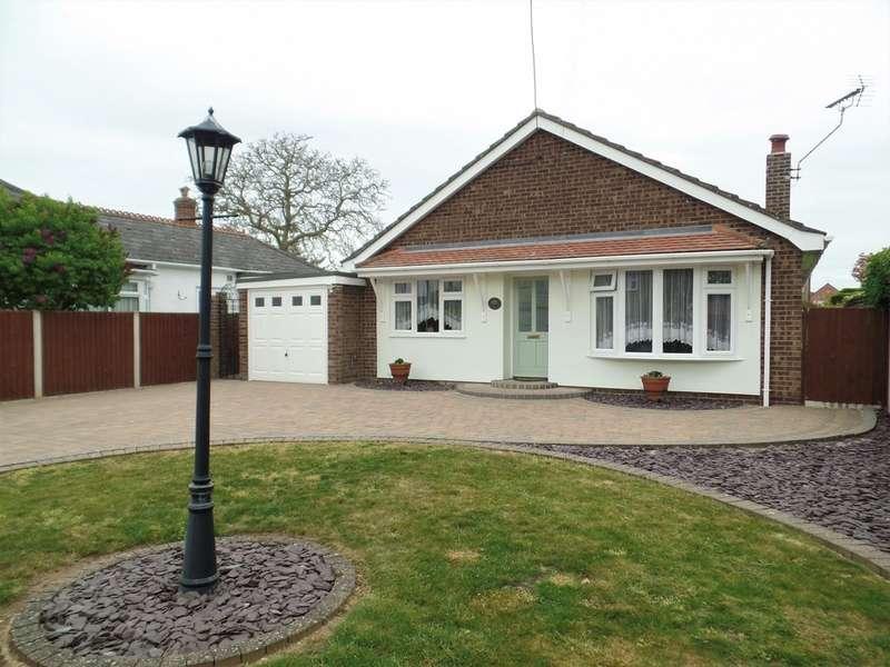 3 Bedrooms Detached Bungalow for sale in Feverills Road, Little Clacton