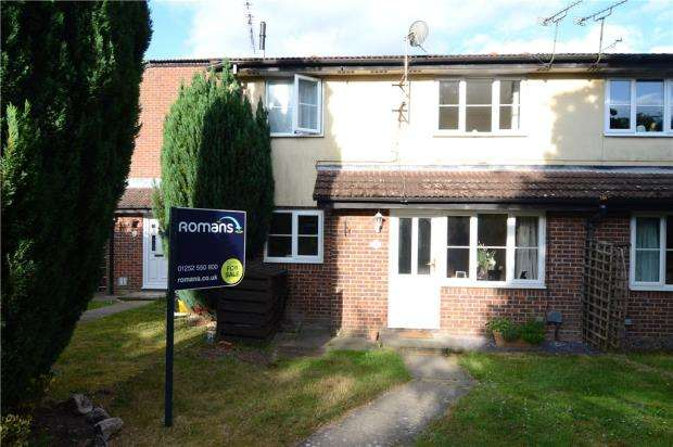 1 Bedroom House for sale in Kingfisher Close, Farnborough, Hampshire