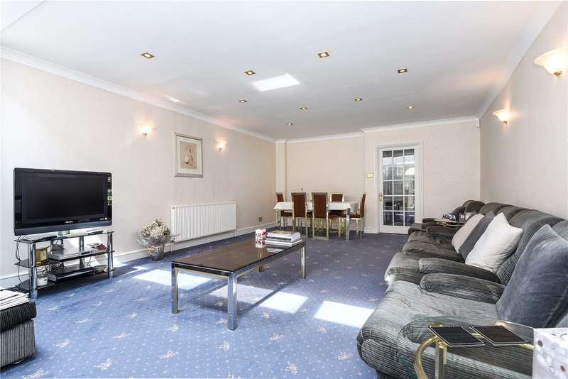 3 Bedrooms Terraced House for sale in Gordon Avenue, Stanmore, Middlesex, HA7