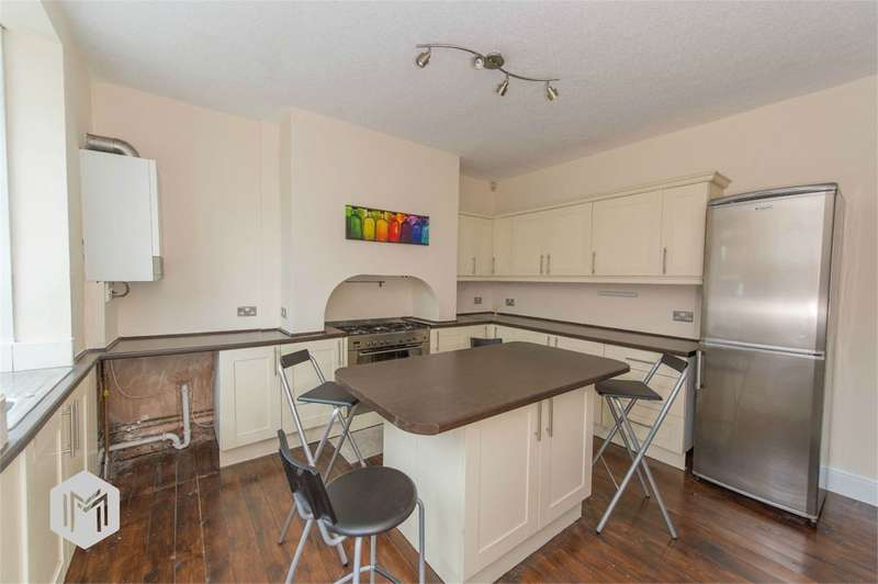 2 Bedrooms Terraced House for sale in Hughes Street, Halliwell, Bolton, BL1