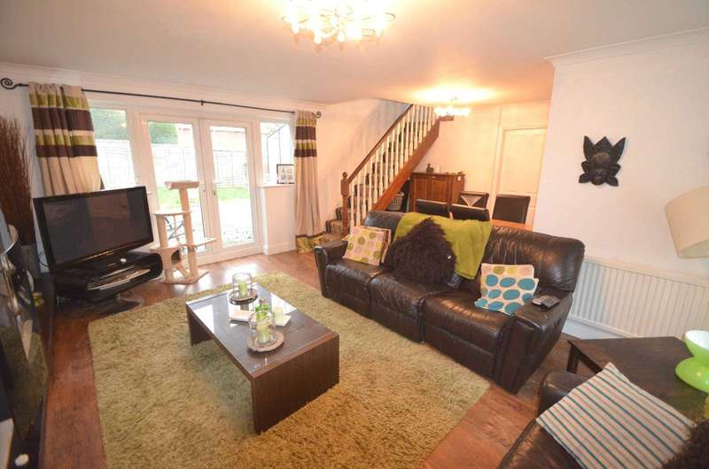 3 Bedrooms Semi Detached House for sale in Ullswater Drive, Leighton Buzzard